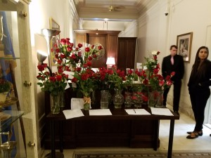 Photo of Governor's office with all the roses
